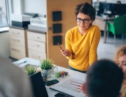Szkolenia szansą dla pracowników i firm